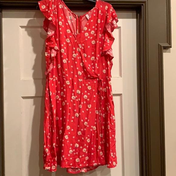 Xhilaration Dresses & Skirts - New floral dress